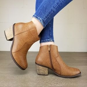 Cowgirl Ankle Booties Faux Leather - AA
